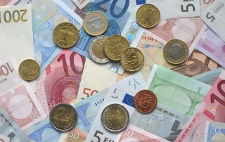 11357-euro-coins-and-banknotes-pv